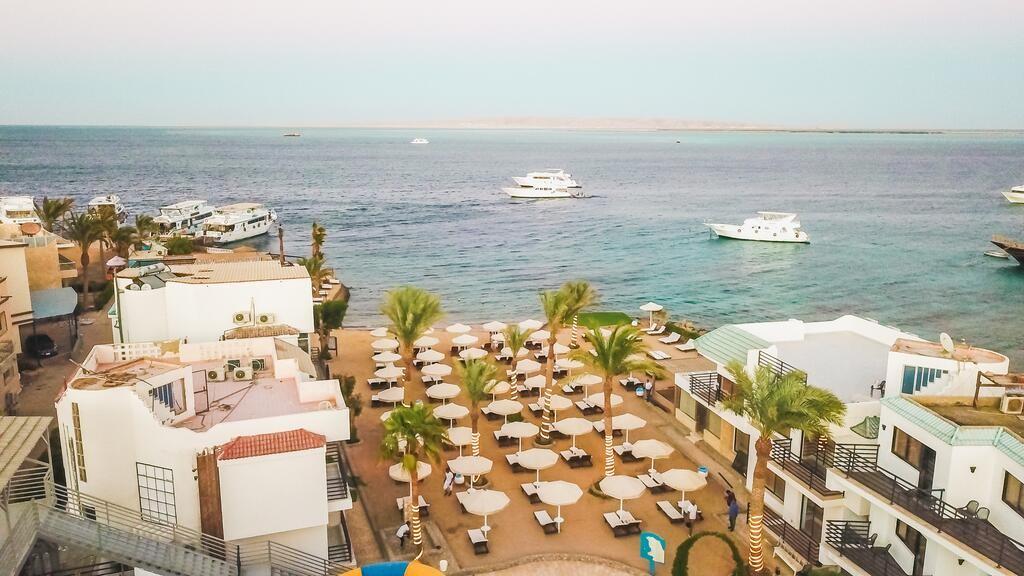 فندق لاروزا ويفز - La Rosa Waves Hotel
